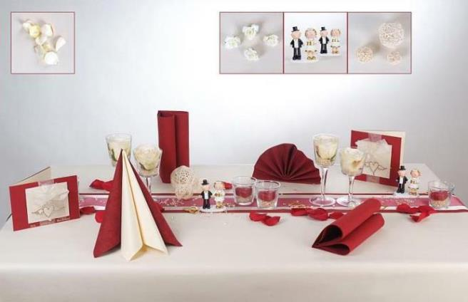 Tischdeko in Rot und Creme fr die Goldene Hochzeit