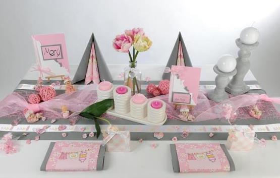 Taufe rosafarben erstrahlt der Tisch  Tafeldeko