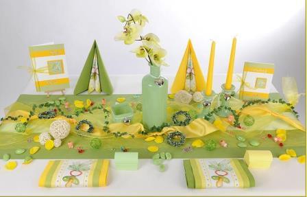 Wunderschne Tischdekoration zur Taufe  grn und gelb