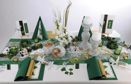 Beeindruckende Tischdekoration zur Goldenen Hochzeit