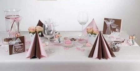 Ein Traum aus rosa und braun fr die Hochzeitstischdeko