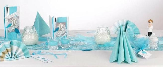 Fr die Taufe eine Tischdekoration in trkis und wei  Tafeldeko