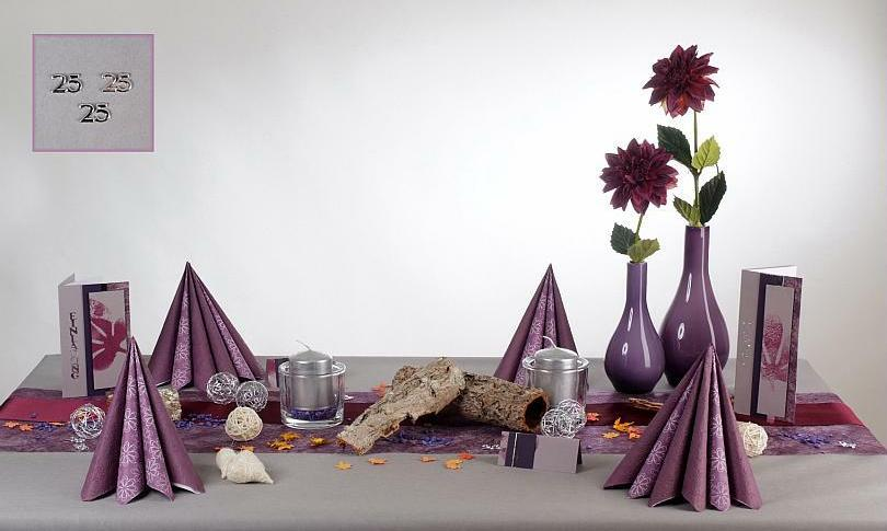 Eine stimmungsvolle Tischdeko fr die Silberne Hochzeit