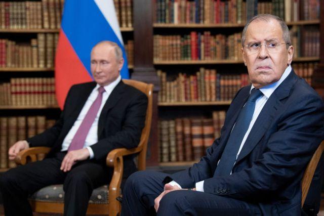 lavrov e shoigu per Russia Unita
