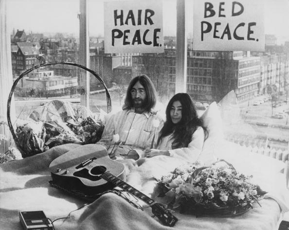 le interviste inedite di John Lennon vanno all'asta