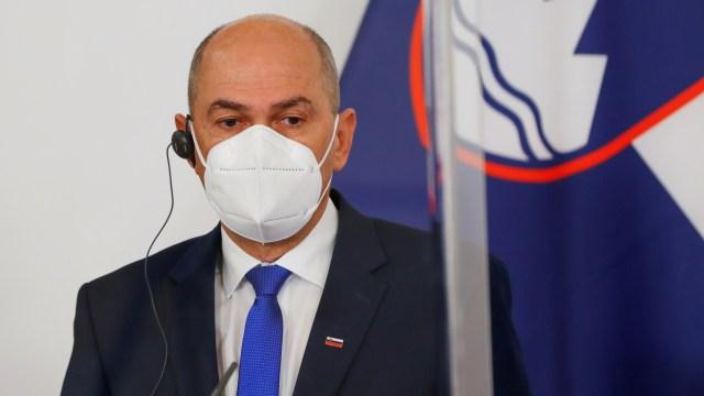 Der slowenische Premierminister Janez Jansa auf einer Pressekonferenz (Bild vom 16. März 2021).| Bildquelle: REUTERS