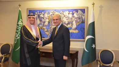 Photo of Visiting Minister of Media Meets with Top Level Pakistani Officials