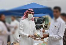 Photo of لجنة شباب بيشة تنفذ مبادرة فطوركم علينا