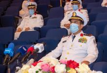 Photo of بالصور ..قائد القوات البحرية يعُوم أول كورفيت من مشروع السروات