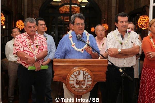 Les Tiki Toa reçus à la Présidence : Interview du Président Edouard Fritch et du capitaine Naea Bennett.