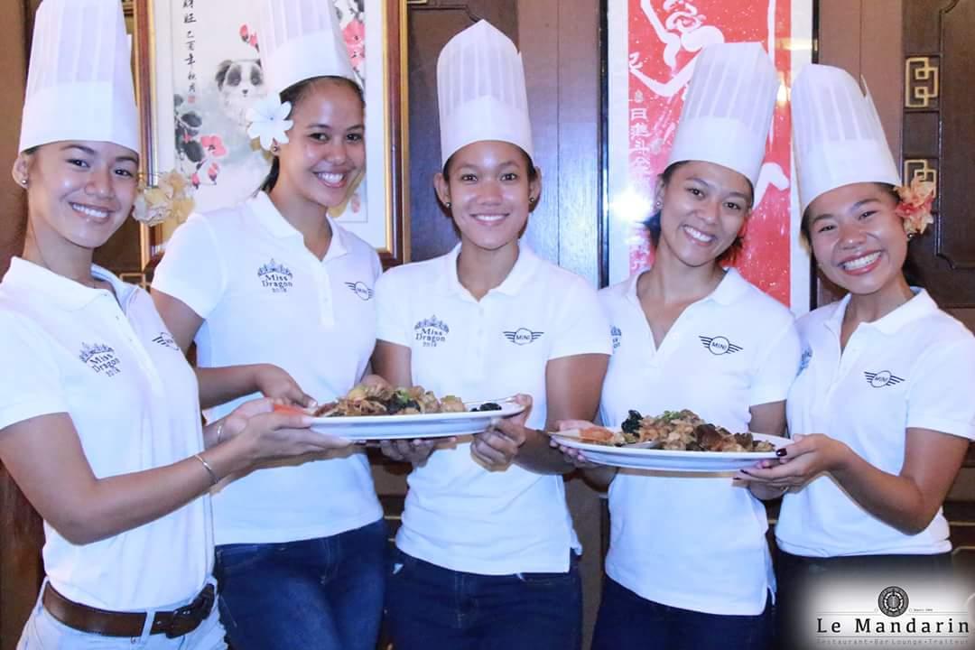 Miss Dragon  Les candidates sessaient  la cuisine chinoise