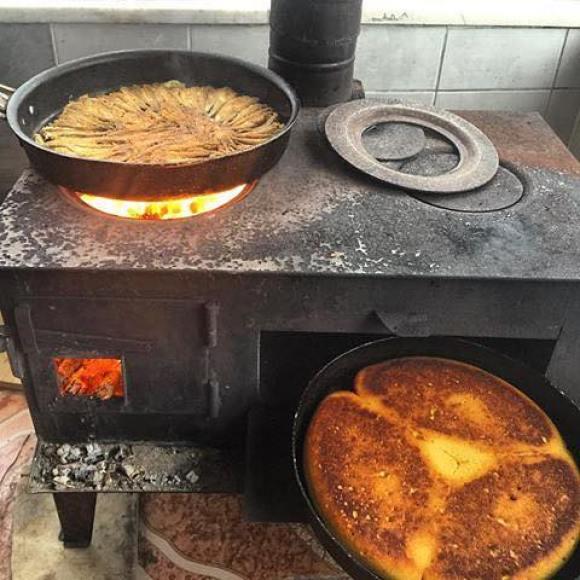 Mısır Ekmeği ve Mezgit Kızartması - Ordu