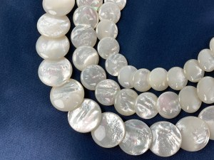 """16"""" Single Round Flat Overlapping White MOP Bead Strand - Per String"""