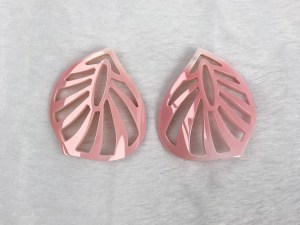 Filigree Leaf Queen Conch Shell Loose Piece - Per Pair