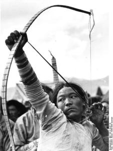 Tibetexpedition, Volksfest, Bogenschütze Łucznictwo