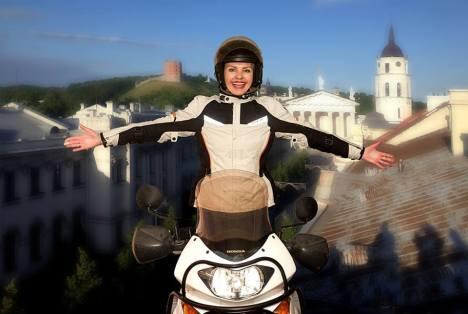 Regina Laisvė Žemaitienė lietuvos motociklininkių bendruomenės įkūrėja