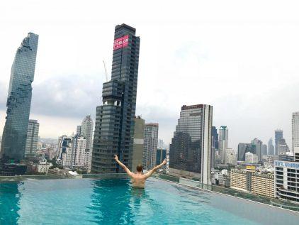 Bangkok Amara hotel su baseinu ant stogo