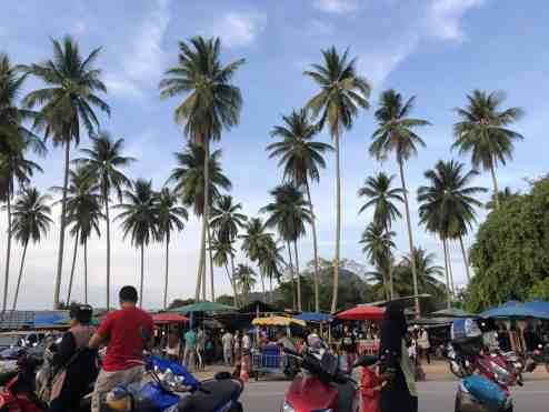 Šeštadienio turgus netoli Ao Nang