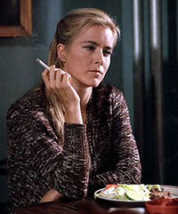 Téa Leoni plays mother in 'House of D'