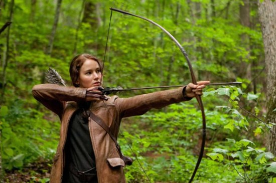 Jennifer Lawrence takes aim in 'The Hunger Games'