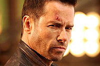 Guy Pearce stars in 'Lockout'