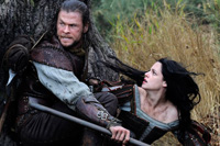 Kristen Stewart and Chris Hemsworth co-star in 'Snow White and the Huntsman'