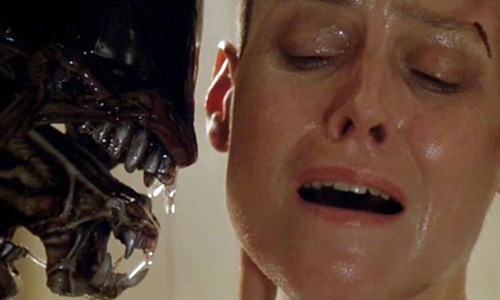 Sigourney Weaver faces off with vicious, murderous aliens in 'Alien 3'