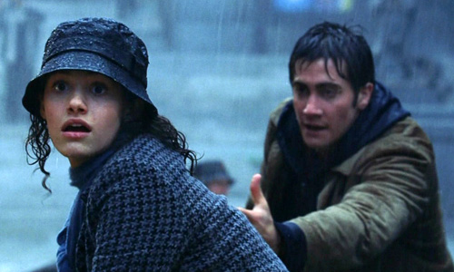 Emmy Rossum is rescued by Jake Gyllenhaal in 'The Day After Tomorrow'