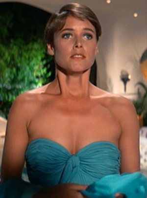 Before 'Law & Order,' Carey Lowell was a CIA agent to falls for James Bond in 'Licence to Kill'