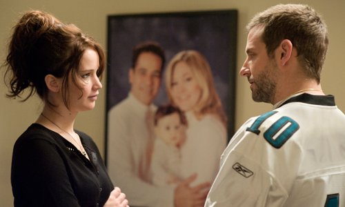 Jennifer Lawrence and Bradley Cooper co-star in David O. Russell's weak adaptation of 'Silver Linings Playbook'