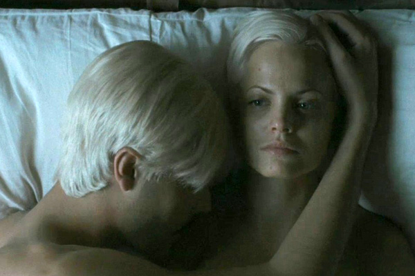 Mena Suvari with John Huston in 'Hemingway's Garden of Eden'