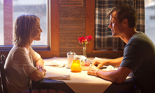Josh Duhamel and Julianne Hough seek refuge from a storm in 'Safe Haven'