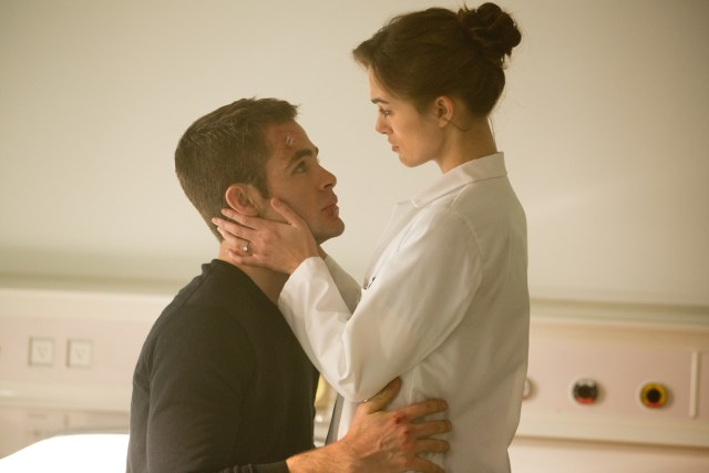 Chris Pine and Keira Knightley in 'Jack Ryan: Shadow Recruit'