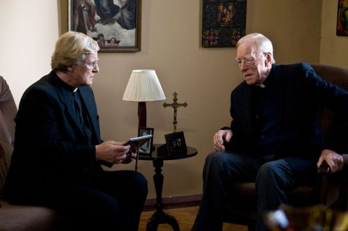 Rutger Hauer and Max Von Sydow in 'The Letters'