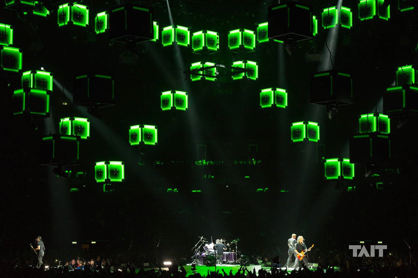 hight resolution of metallica worldwired tour stage debuts world s first touring drone swarm metallica stage 2018 metallica stage diagram
