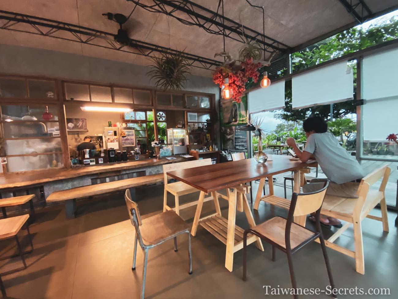 Dulan Little House cafe
