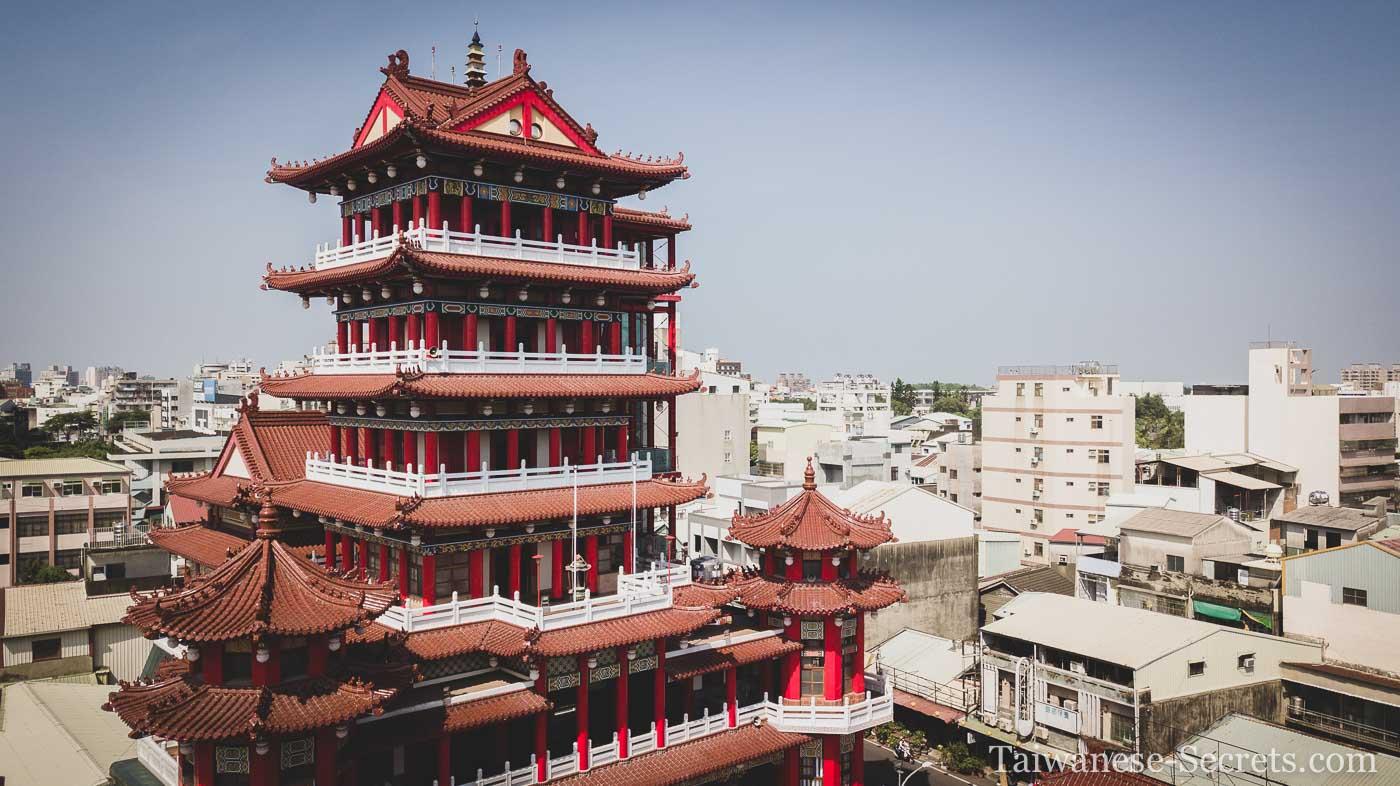 jiuhua mountain temple chiayi