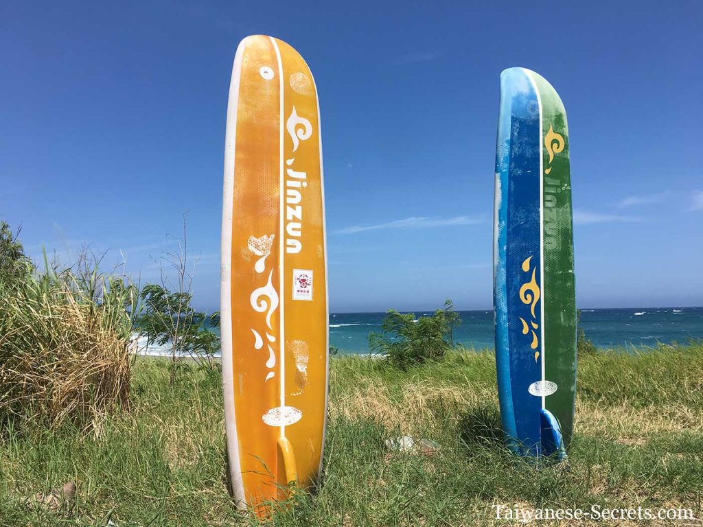 surfing in jinzun Donghe, Taitung
