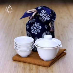 Stackable Gaiwan Tea Travel Set Indigo Pouch Stacked View