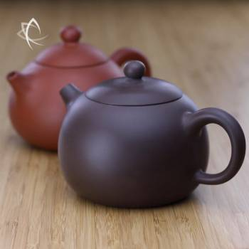 Larger Xi Shi Purple Clay and Red Clay Teapots Featured View