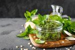レシピ プロが教える『バジルソース』の作り方、保存方法、合わせる食材やアレンジなど