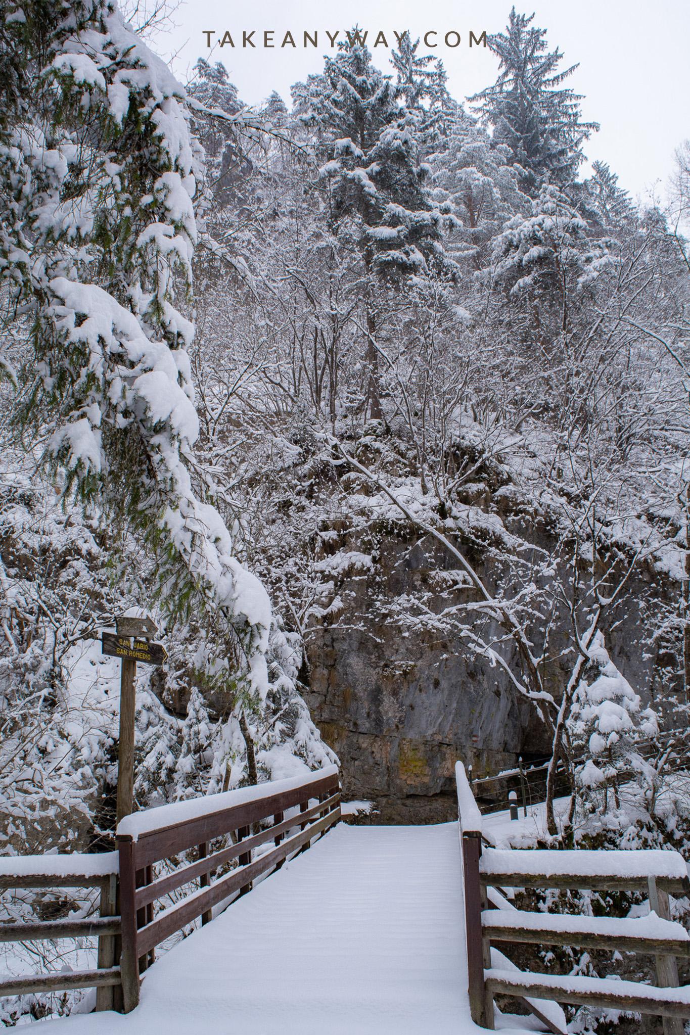 sentiero-verso-santuario-di-san-romedio