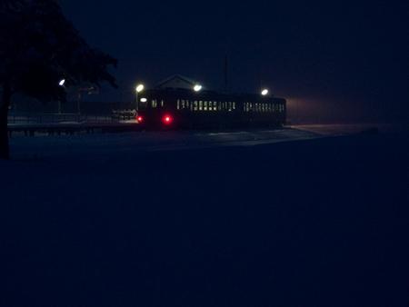 冬の最終夜汽車