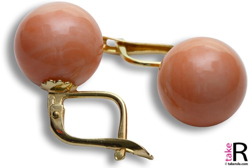 News Jewelry Extra Pink Coral Earrings 11½-12mm in Gold