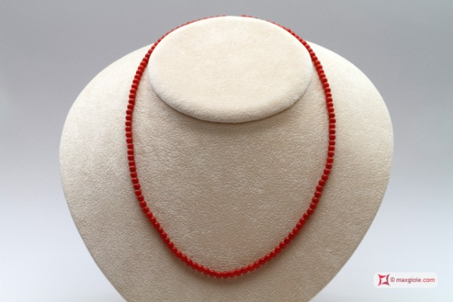 Extra Red Coral Necklace Dark Color round 4mm in Gold 18K