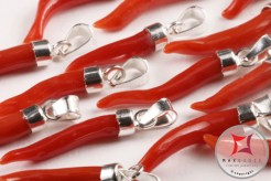 Red Coral Pendant small horn neapolitan design in 925 Sterling Silver