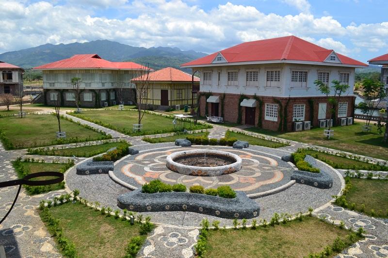 Las Casas Filipinas de Acuzar Day Tour  Thoughts and Tips