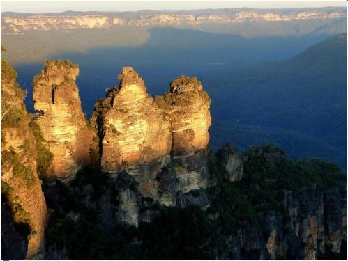 day trips from sydney blue mountains three sisters taking to the open road peggy tee
