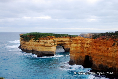 3 days on the great ocean road loch ard gorge taking to the open road peggy tee