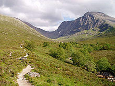 best road trips in united kingdom scottish highlands taking to the open road peggy tee wikipedia